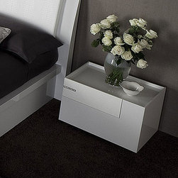 Rossetto - Diamond Right Nightstand in White by Rossetto USA - Features: