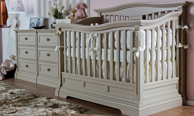 Traditional Cribs by Romina Furniture