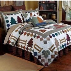Traditional Quilts by Hayneedle