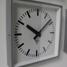 Square communist clocks | Trainspotters