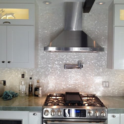 White Mother of Pearl Minibrick Tile for Backsplash and Bathroom -
