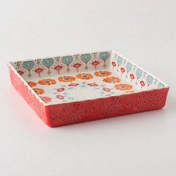 Poppy Ring Brownie Dish - I might bake brownies every day if I owned this Poppy Ring brownie dish.