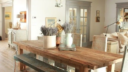 Love the farm table and bench @ DIY Home Design