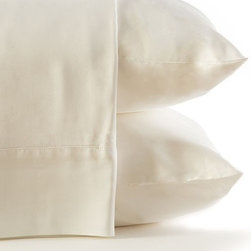 BambooDreams® - Bamboo Dreams® Luxe Sateen Sheet Set, Twin XL, Natural White - The 300 thread count sateen feels so heavenly soft you will dream you are sleeping in the clouds. Made from the world's most renewable resource, this bedding is exquisitely sensuous and silky while also a thoughtful ecological choice. No anti-wrinkling agents or chemicals added. The more you use and wash them, the softer they become. We invite you to experience the pleasure of heavenly linens with earthly values.