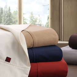 "Woolrich - Woolrich Pima Cotton 300TC Sheet Set - Change the way you sleep with the Woolrich 300TC Pima Cotton Sheet Set. These premium sheets are made with mercerized 100% pima cotton yarns and allow for a slight sheen and silky hand feel while providing a soft place to lay your head at night. 100% pima cotton, silk touch finish single pick, 4"" hem on the flat sheet and pillowcases"