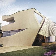 Modern  by Mario Cipresso / Studio Shift Architects
