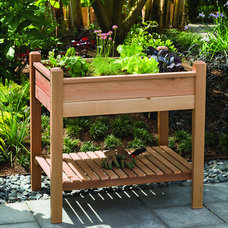 Traditional Outdoor Planters by Overstock.com