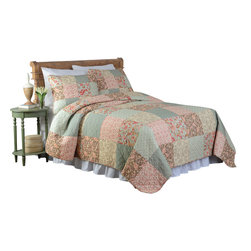 Pem America - Channing Full / Queen Quilt with 2 Shams - Classic patchwork quilt and a standard block design with patches of floral prints in red and green shades. Includes 1 full / queen size quilt 90x90 and 2 pillow shams 20x26 inches. Pieced 100% cotton face cloth.  Microfiber reverse cloth. 95% cotton / 5% other fiber fill. Prewashed for softness. Machine washable.