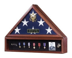 Flags Connections - American Flag Case and Medal Display Case - Presidential - The ultimate tribute to commemorate your Veterans service to our country. Perfect to honor our distinguished military service members, veteran heroes and other uniformed heroes as police officers and firefighters. This flag case has the Great Seal of the United States embossed on elegant beveled glass.