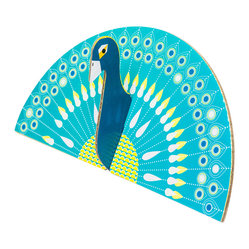 OOTS! - Pop-Out Cards: Peacock - Fanned out beautifully, this two-piece peacock comes to life with ease, bringing its brilliant hues everywhere it goes.  This eco-conscious set encloses an equally vibrant note card and coordinating envelope designed to brighten your day for days to come.
