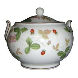 Wedgwood - Wedgwood Wild Strawberry (#R4406) Sugar Bowl W/Lid 146 Shape - Wedgwood Wild Strawberry (#R4406) Sugar Bowl W/Lid 146 Shape