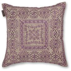 40x40cm Zaha cushion Wisteria