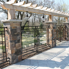 contemporary fencing by Red Iron Design