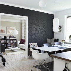 Black Walls