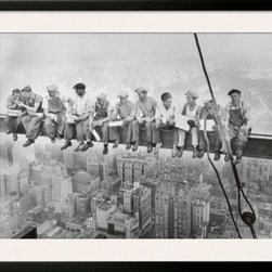 Artcom - Lunch Atop a Skyscraper, c.1932 by Charles C. Ebbets Artwork - Lunch Atop a Skyscraper, c.1932 by Charles C. Ebbets is a Framed Art Print set with a SOHO Black wood frame and a Polar White mat.