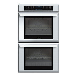 Thermador - 30 inch Masterpiece Series Double Oven - With True Convection and 14 cooking modes, our 30-inch Masterpiece Double Oven gives you 9.4 combined cubic feet of oven capacity and the convenience of cooking several dishes at the same time without flavor transfer.