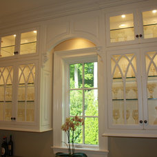 Traditional Kitchen Cabinets by Cardinal Cabinetworks