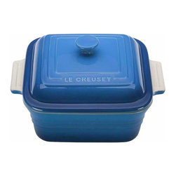 Le Creuset - Le Creuset Stoneware 3 Quart Covered Square Casserole Onyx, Marseille Blue, 3 Qu - Le Creuset stoneware casseroles offer superior, highly functional performance in the oven and at the table. These durable stoneware dishes include tight-fitting lids and easy-to-grip grooved side handles, and are designed for a multitude of kitchen tasks, whether baking desserts, oven-roasting meats, broiling fish or simply marinating before cooking.