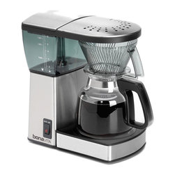 Bonavita - Bonavita 8-cup Coffee Maker With Glass Carafe - This 8-Cup Coffee Maker is German-engineered with a glass carafe that brews coffee to ideal standards of water temperature, contact time, and coffee grounds saturation. A 1400W thermal block heater achieves proper water temperature quickly
