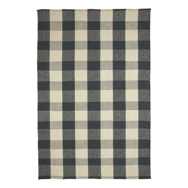 Nottingham rug in Black - Nothing says style more than a crisp, bold gingham pattern.  Coupled with today's trending colors, these geometrical checks can enhance any room.