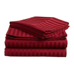 ExceptionalSheets - 600 Thread Count - Egyptian Cotton Striped Sheet Set by ExceptionalSheets - Experience Affordable luxury with our 100-percent Egyptian Cotton sheet sets. These sheets are comfortable and perfect for everyday use while providing you a little bit of heaven when you get into your bed at night. The one-ply sheets have a sateen weave and the fitted sheet is fully elasticized.