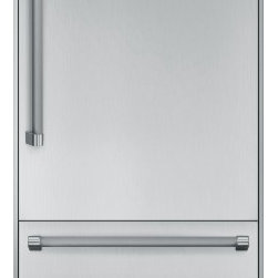 Thermador - 30 inch Built-In Bottom-Freezer T30BB820SS - Freedom to customize.  Freedom to go modular.  Freedom to integrate your refrigeration with the design of your kitchen.  That�s what makes Thermador Freedom Refrigeration the leader in true flush, tall door design.  Our refrigeration solutions integrate seamlessly into your kitchen design, with custom fronts and concealed venting grille.