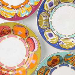 Kamala Dessert Plates - The beautiful color combinations of these dessert plates are perfect for adding color to the tabletop. Keep it uniform with one colorway or mix and match for a more eclectic look.