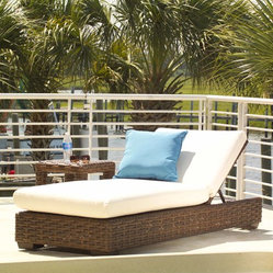 Lloyd Flanders Contempo Collection Pool Chaise - The Contempo Pool Chaise adds comfort and class to your outdoor patio, deck or pool area.