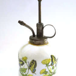 Vintage 1960s Atomizer Spritzer Watering Can by Winsome Whatsits - A lovely vintage watering canister. Perfect for decorating the planting room or shed.