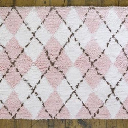 Argyle Bathmat - India Rose - What a fun Argyle bathmat, preppy modern...and in pink no less!