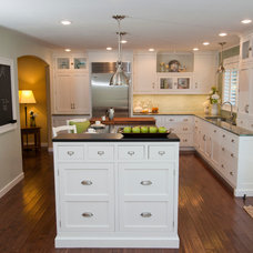 Traditional Kitchen by Rhonda Knoche Design