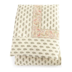 """Pine Cone Hill - King Annette Spring Duvet Cover 102"""" x 92"""" - IVORY (KING) - Pine Cone HillKing Annette Spring Duvet Cover 102"""" x 92""""Designer About Pine Cone Hill:Pine Cone Hill designed by Annie Selke is a collection of bed linens with Selke's signature charming prints and patterns. The designer began making her Pine Cone Hill linens with a sewing machine on her dining room table. Today the collection has fans across the country who love the line's easy sophistication."""