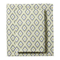 Serena & Lily - Sprout/Navy Diamond Sheet Set - A smart geometric pattern in navy and sprout green adds visual interest to the room and great softness to the bed.
