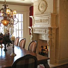 Traditional Dining Room by Tartaruga Design inc.