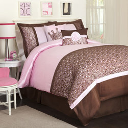 Lush Decor - Lush Decor Brown/Pink Leopard 6-piece Comforter Set - Enhance your bedroom with this luxurious six-piece comforter set that includes one comforter,one bedskirt,two pillow shams,and two decorative pillows. This set features a rich brown and gold leopard print and faux silk with a lace overlay.