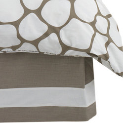 Solid Band Bed Skirt in Taupe