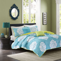 ID-Intelligent Designs - Intelligent Design Liliana Blue Damask 3-piece Coverlet Set - A plush coverlet is graced with a teal background and accented with a white damask motif to create this contemporary reversible bedding set. Machine washable for easy clean up,this engaging set is complete with matching shams and decorative pillows.