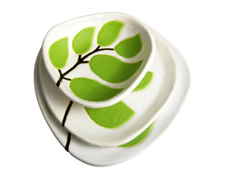 """Hope Johnson Ceramics - Set Of 3 Ceramic Dishes - Leaves In Chartreuse Green - This listing is for a set of THREE dishes. The smallest dish measures approx. 1"""" tall, 4"""" long, 3.5"""" wide. The middle size dish measures approx. 1/2"""" tall, 5"""" in diameter. The largest dish measures approx. 3/4"""" tall, 6"""" in diameter."""