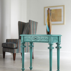 Hooker Furniture - Hooker Furniture Melange Tyfani Accent Console Table 638-50077 - Come closer to Melange, and you will discover something unexpected, an eclectic blending of colors, textures and materials in a vibrant collection of one-of-a-kind artistic pieces.