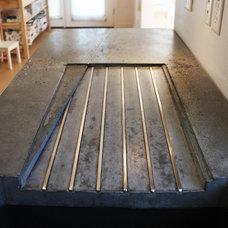Modern Kitchen Countertops by Kingbird Design LLC