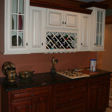 Traditional Kitchen Cabinetry by Lily Ann Cabinets