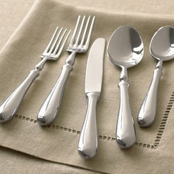 Savant Flatware - A pattern with substantial weight is great for both modern and traditional table settings.