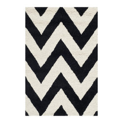 Safavieh - Safavieh Handmade Moroccan Cambridge Chevron Black Wool Rug (2' x 3') - This wool area rug features hand-tufted construction and a thick,100-percent wool pile,bringing plenty of lush comfort to your living room. The rug's gorgeous ivory-and-black pattern adds balance and a modern edge to any room decor.