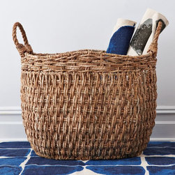 Oversize Sea Grass Basket - Baskets are great catchalls for magazines, newspapers and books. This basket would work great in both traditional and modern reading rooms.