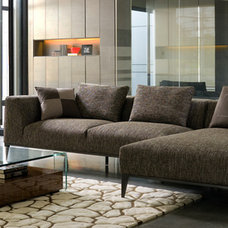 Modern Sectional Sofas by Casa Spazio