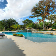 Mediterranean Pool by Garner Homes