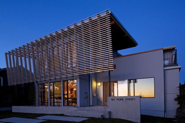 Modern  by Randy Bens, Architect AIBC