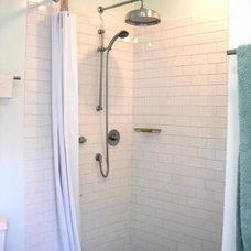 Glass Tile Bathroom Gallery