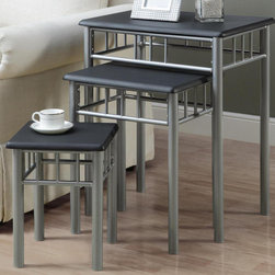 Monarch - Black / Silver Metal 3Pcs Nesting Table Set - With its curved edges and black finished tops, this 3 piece nesting table set gives a contemporary look to any room. Its chic silver metal base provides sturdy support as well as an elegant look. Use this multi- functional set as end tables, lamp tables, decorative display tables, or simply as accent pieces.