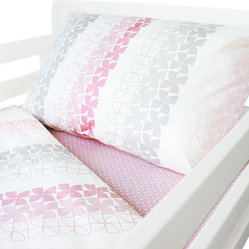 Pinwheel Toddler Quilt and Pillowcase, Pink and Gray